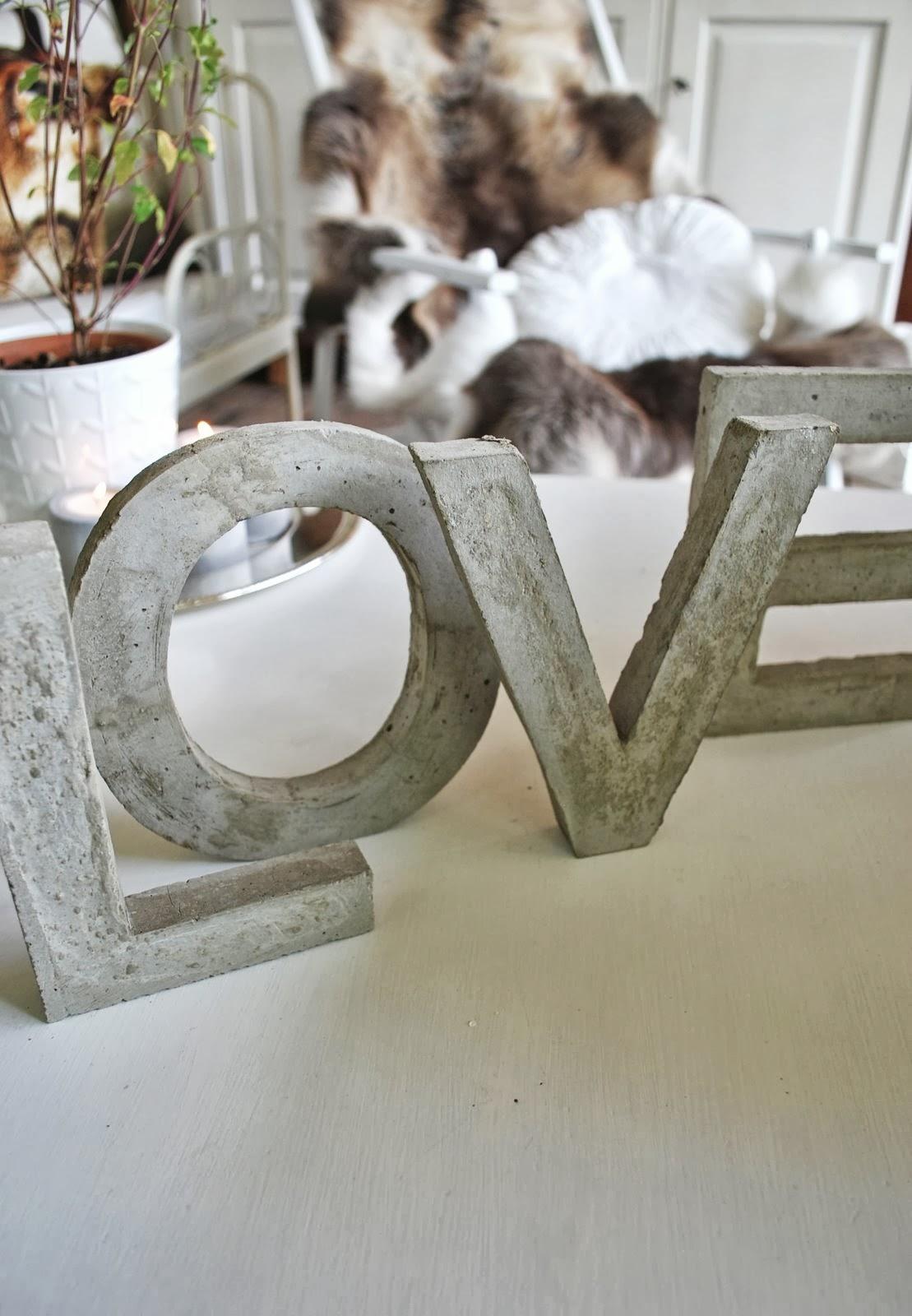 mamas kram betonbuchstaben heisse lippen salbei. Black Bedroom Furniture Sets. Home Design Ideas