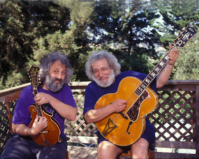 Chơi đàn guitar có lợi cho tuổi trung niên