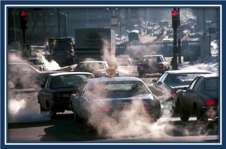 La gasolina corre de los pulverizadores la causa en