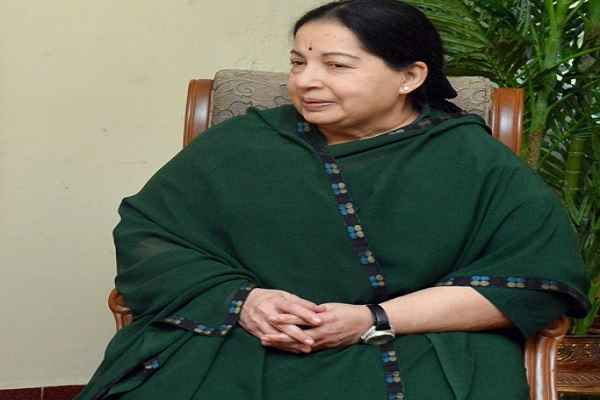 j-jayalalithaa-heart-attack-in-apollo-hospital-chennai-admitted-in-ccu