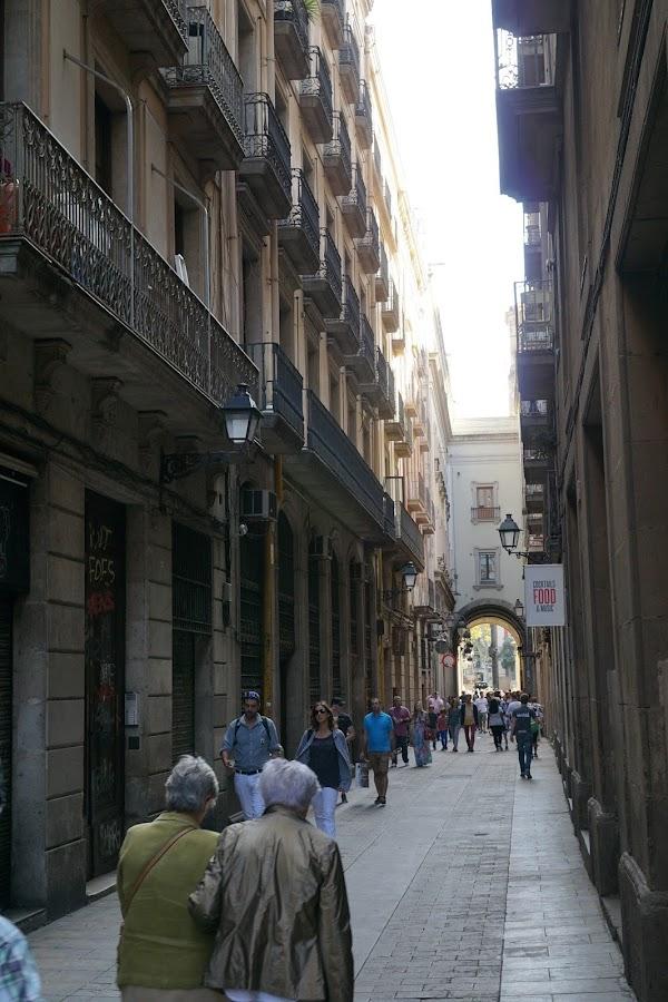 メルセ通り(Carrer de la Mercè)