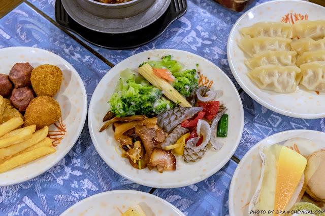 MG 3235 - 大象牛排吃到飽,超豐富沙拉吧任你吃,排餐表現普通,但是假日依然滿滿滿~