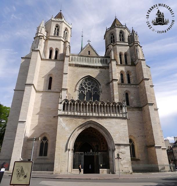 DIJON (21) - Cathédrale Saint-Bénigne (XIIe-XVe siècles) (Extérieur)
