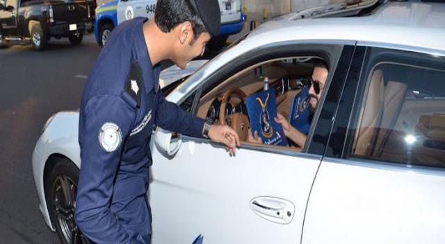 الحكومة الكويتية تقرر عدم تجديد رخص السواقة للوافدين إلا بشروط صعبة