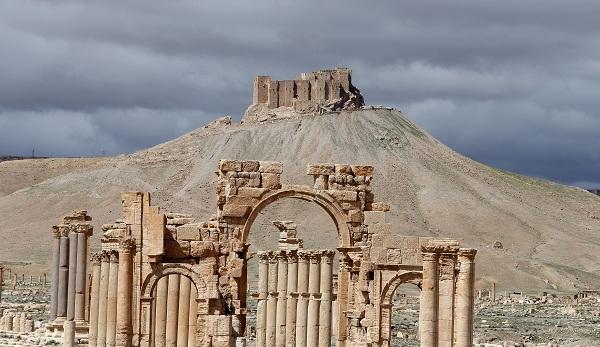 Οι Κούρδοι βρήκαν το σώμα του Ρώσου ήρωα που θυσιάστηκε στην Παλμύρα