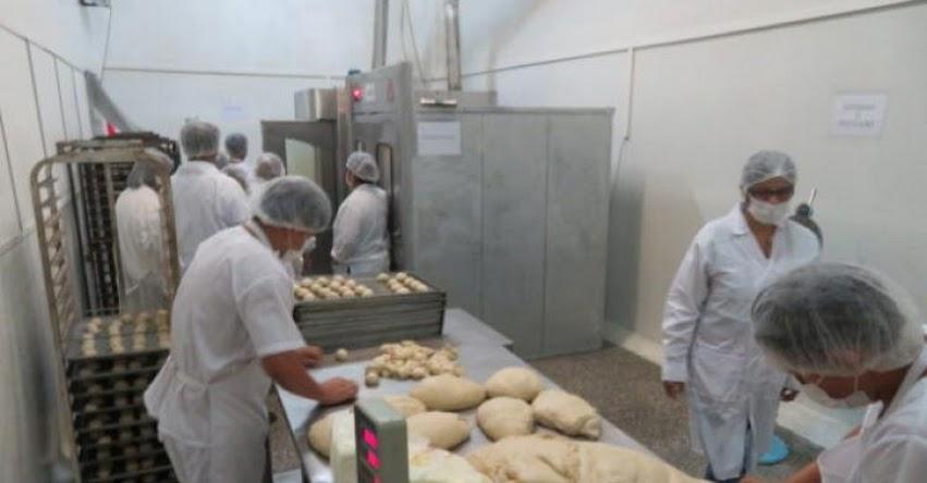 QALI WARMA: Visitan planta de producción para constatar calidad de raciones - www.qaliwarma.gob.pe