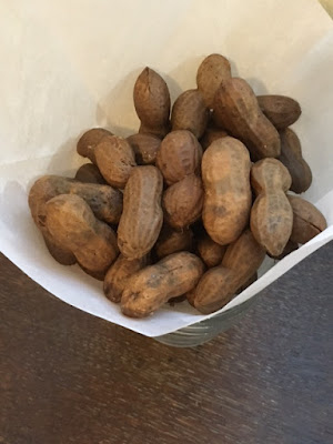 Finished boiled peanuts after cooking in the crockpot slow cooker