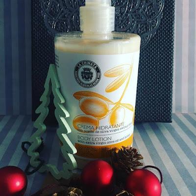 Crema Hidratante con aceite de oliva virgen extra y Miel de la Chinata.