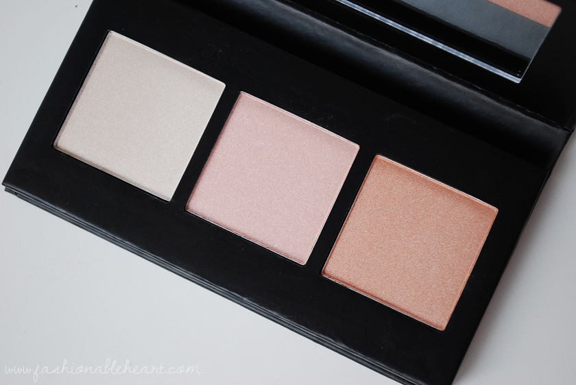 bbloggers, bbloggersca, canadian beauty bloggers, beauty blog, beauty blogger, barry m, barry m cosmetics, highlighter, highlights, highlight, illuminating highlighter palette,swatches, product review, fair skin, british brand, cruelty free, affordable, budget friendly makeup