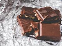 Terungkap, Apa Sebenarnya Bintik-Bintik Putih di Permukaan Cokelat!