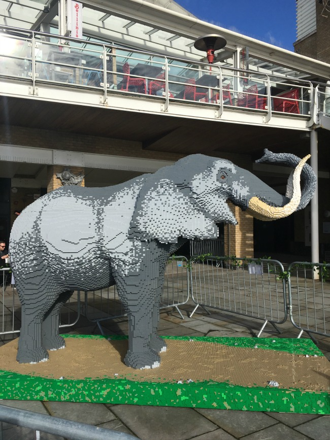 elephant-made-from-LEGO-bricks-Cardiff-Bay