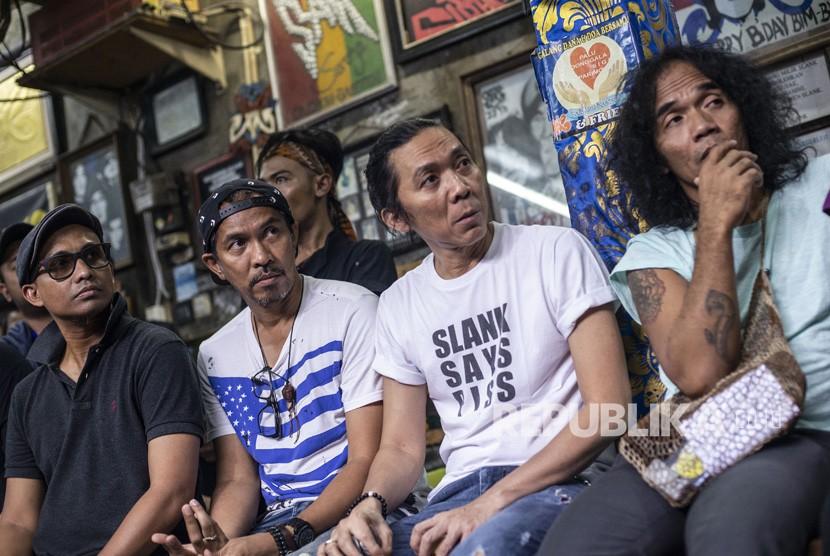 Slank Luncurkan Lagu Dukung Jokowi Dua Periode
