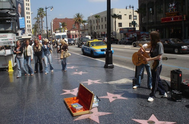 Passeio pela Calçada da Fama de Hollywood