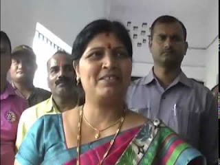 government-officers-and-employee-put-their-child-in-government-school-neera-yadav