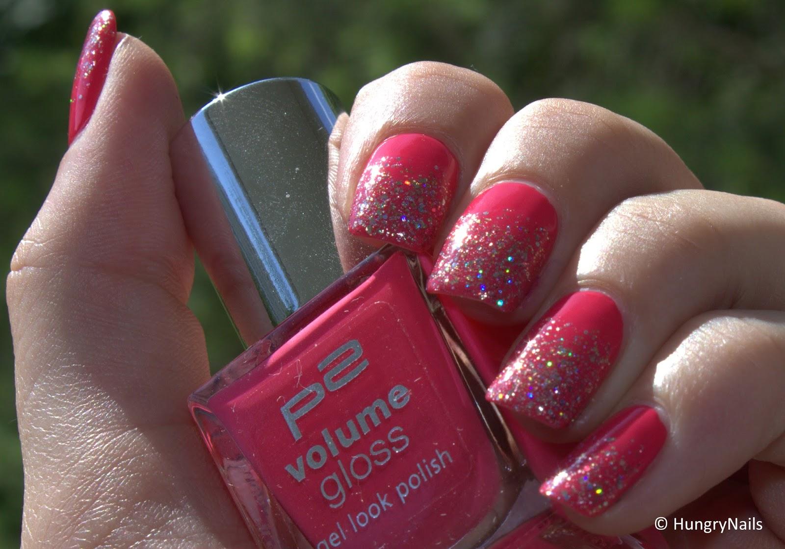 http://hungrynails.blogspot.de/2014/06/tutorial-glitter-gradient.html