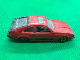 トヨタ セリカXX 2800GT のおんぼろミニカーを側面から撮影