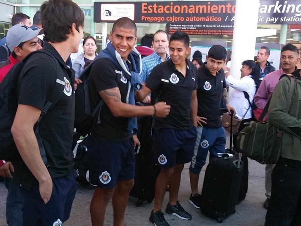 Llegó Chivas a Guadalajara tras vencer al Atlante.