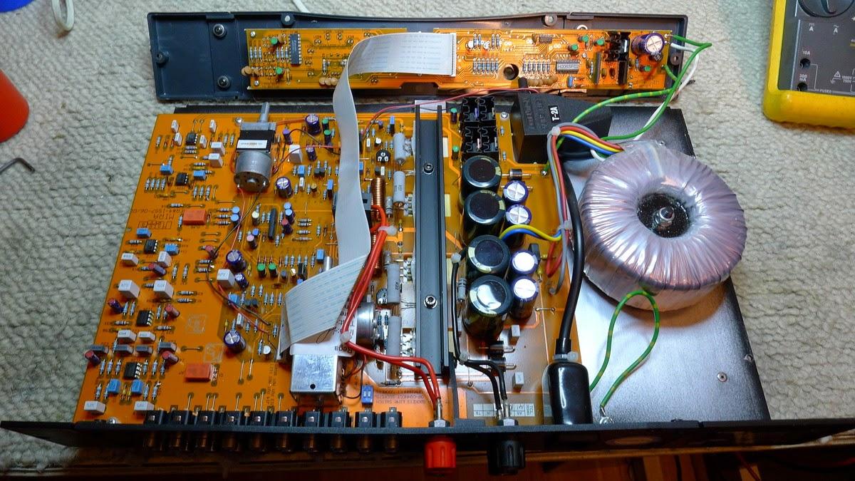 audiotronik ampli rega mira. Black Bedroom Furniture Sets. Home Design Ideas