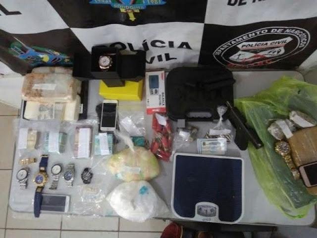 Agente é pego com 6 kg de cocaína e R$ 34 mil em dinheiro