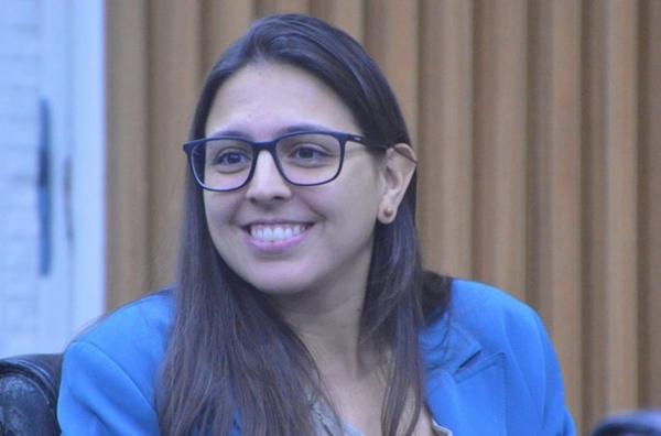 Justiça Eleitoral aprova com ressalvas contas de campanha de Natália Bonavides