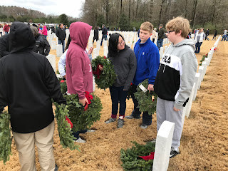 Montgomery Catholic Students Honor Fallen Veterans With Wreaths Across America 3