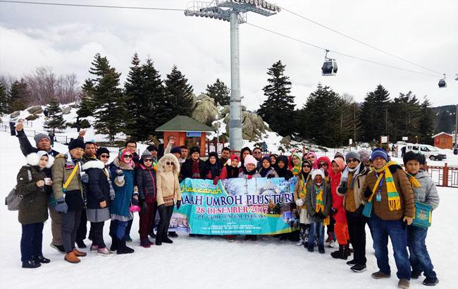 Jamaau Umroh Menikmati Salju Di Uludag Bursa