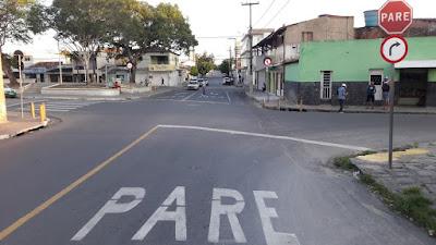 STTP implanta sinalização de sentido único de via em trecho de rua de Campina Grande