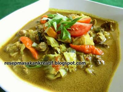 Enak dan gurih resep tongseng sapi santan termasuk dalam masakan berkuah kental menyerupai g Resep Tongseng Sapi Kuah Santan Gurih