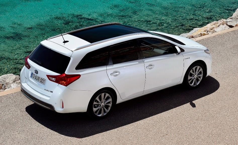 Toyota Auris Touring Sports Hibrida Ensaio Quatro Rodas E Um Volante