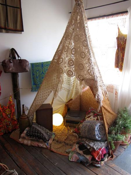 Pin On Indoors: INSPIRATION HOME: INDOOR TEEPEE
