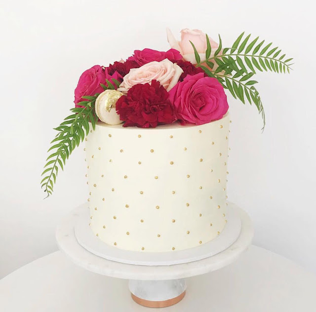 BRISBANE BESPOKE WEDDING CAKES INTERVIEW
