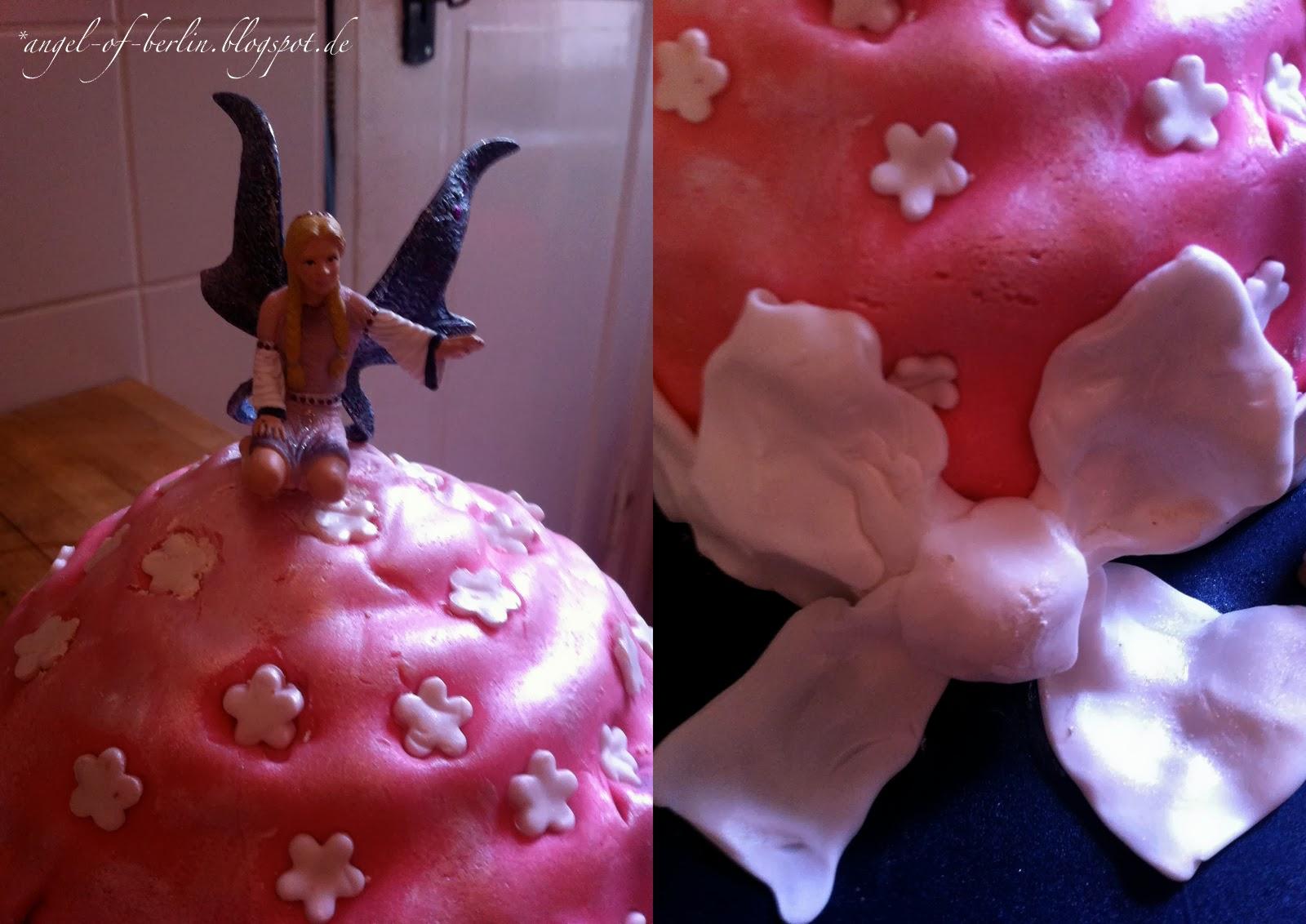 Giant Feen Cupcake