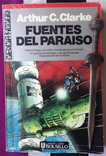 Portada del libro Fuentes del Paraíso, de Arthur C. Clarke