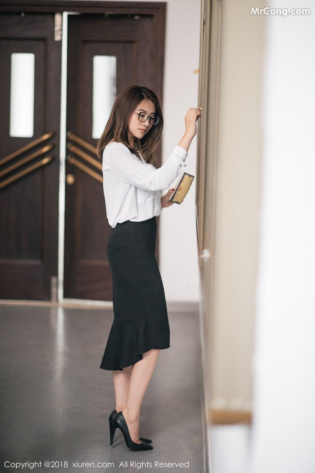 Image XIUREN-No.1267-Sabrina-Xu-Nuo-MrCong.com-008 in post XIUREN No.1267: Người mẫu Sabrina (许诺) (45 ảnh)