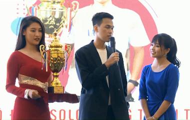[AoE] Chim Sẻ Đi Nắng đấu giá Chiếc Cup Vô địch gây quỹ cho Quỹ hỗ trợ trẻ em nghèo