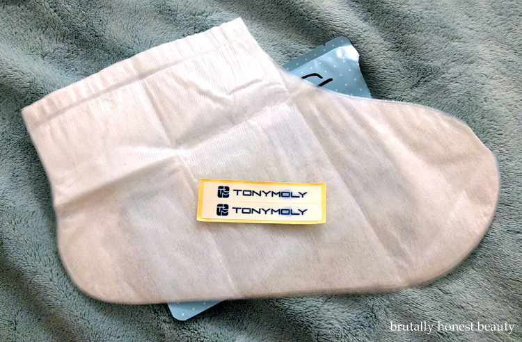 Review of Tony Moly Changing U Magic Foot Peeling Shoes