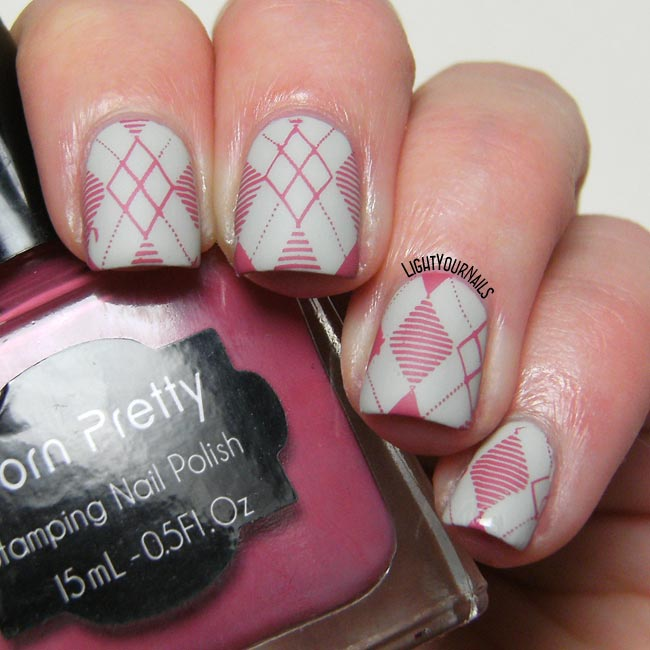 Pink and grey geometric nails with H&M Stucco and Harunouta 10 stamping plate nail art
