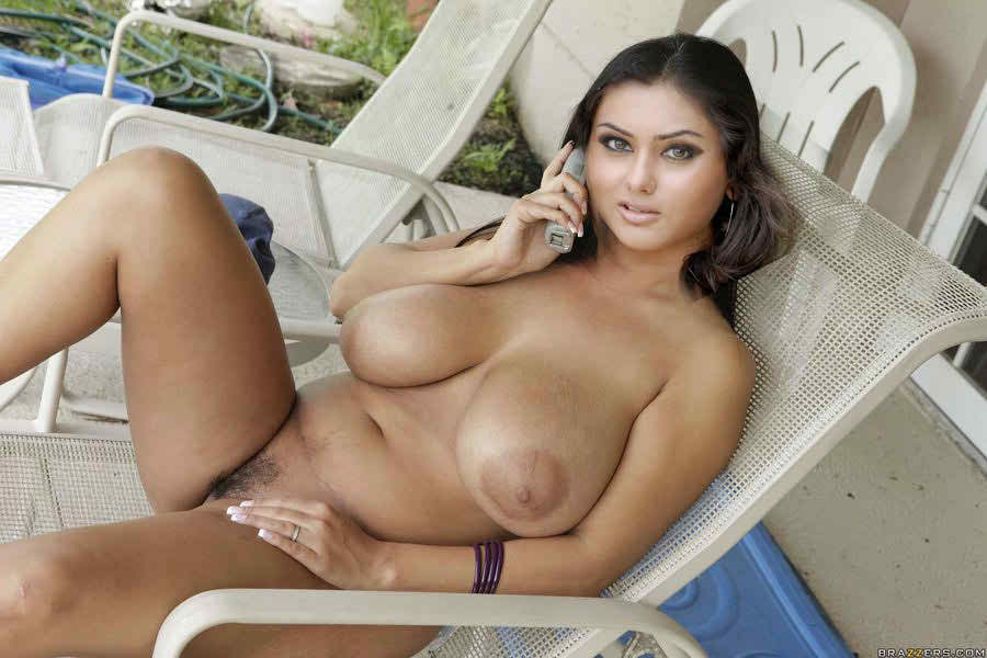 Nude photos of vanessa hugens