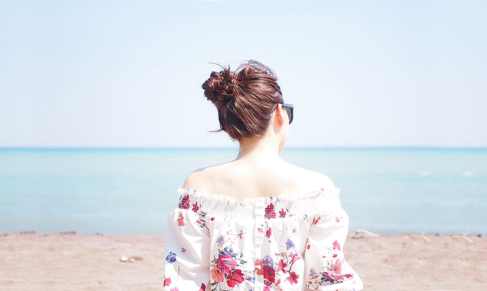 {Outfit of the Day} Off-Shoulder Floral Top at Rouge Beach Park