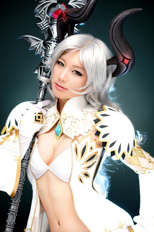 lee hye min doremi sexy cosplay 02