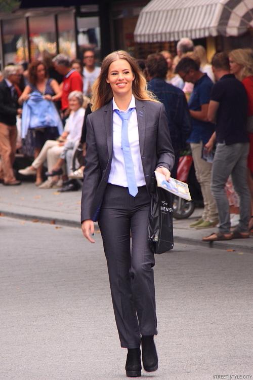 Резултат со слика за photos of women suits