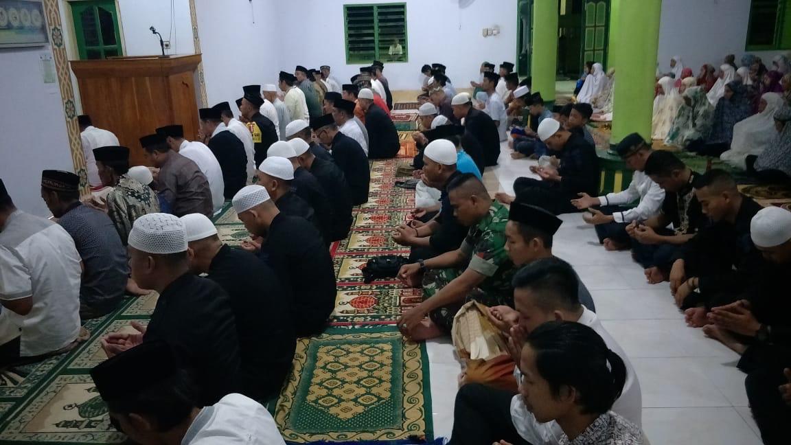 Danyon C Pelopor Sat Brimob Polda Sulsel Safari Ramadhan Bersama Forkopimda Bone di Sibulue
