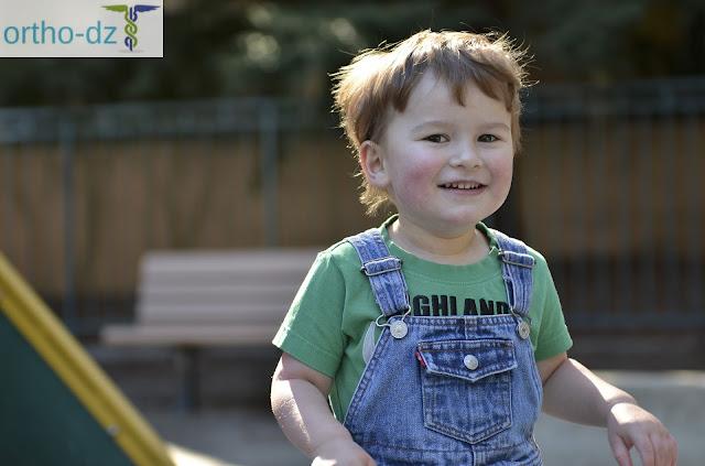 كيف أعرف أنّ ابني مصاب بالتوحد.. اليك أهم الدلائل التي تظهر على الطفل