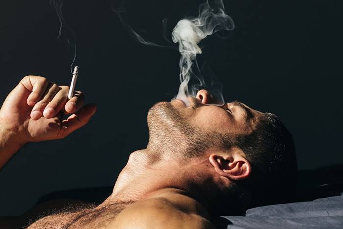 PARAR DE FUMAR AUMENTA SEU PÊNIS EM 2 CENTÍMETROS: