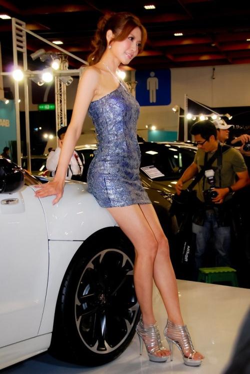 """We 4 """"U""""... ($): Beautiful Asian Girls..in Cars Show"""