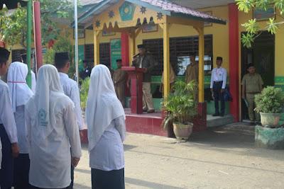 Plt. Kakankemenag Membuka Pelaksanaan UAMBN-BK-KP MTsN Tanjungbalai