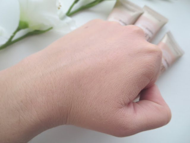 a picture of Maybelline Dream Velvet Foundation in 20 Classic Ivory (swatch, blended out)