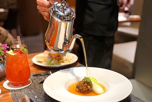 DSC03032 - 熱血採訪│裕元花園酒店映景觀餐廳,台中情人節餐廳之夜乾式熟成牛排的浪漫饗宴
