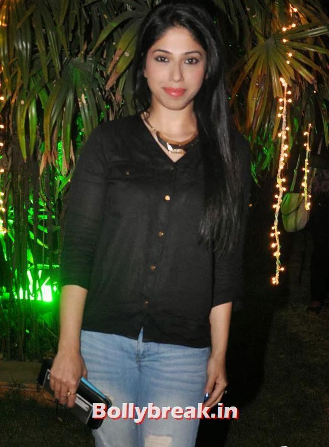 Aditi Shirwaker, Hot Tv Babes at GR8 Calendar 2014 Launch