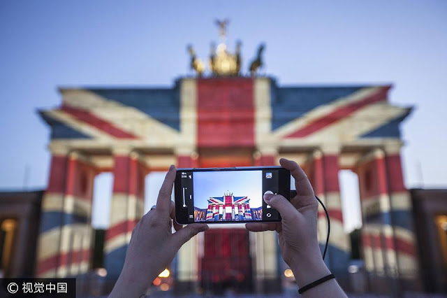 Germany lights up Brandenburg Gate in show of solidarity with UK